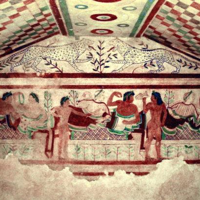 Donne dal trucco sobrio e uomini depilati: la bellezza ai tempi degli etruschi