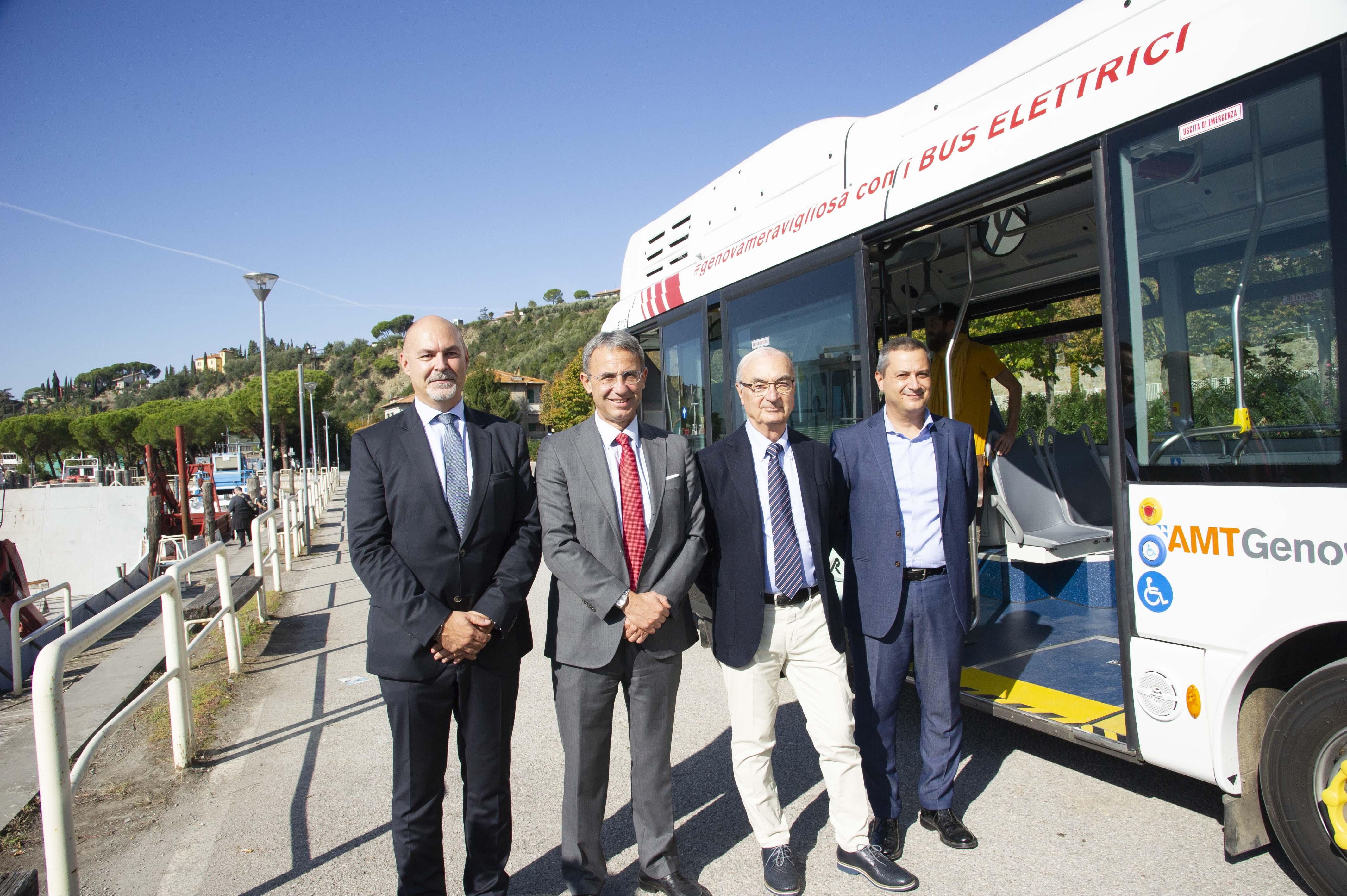 Il Ministro Sergio Costa in visita allo stabilimento Rampini